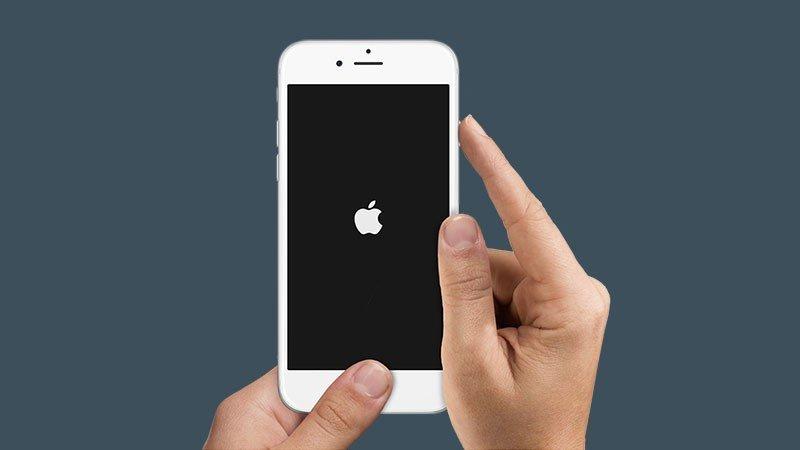 айфон 5 не заряжается и не включается