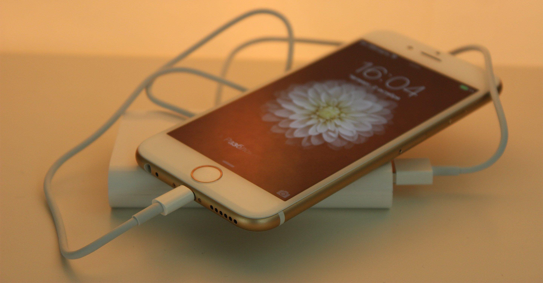 айфон 5s не включается и не реагирует на зарядку