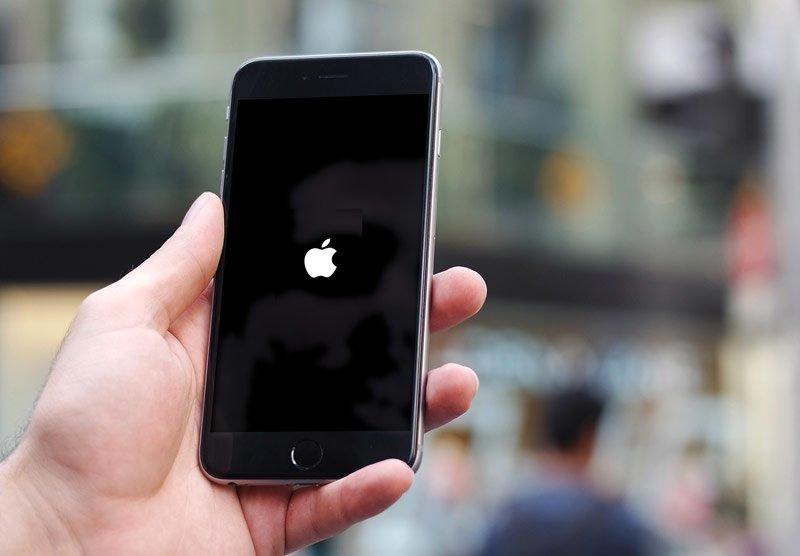 айфон 5с не включается и не заряжается