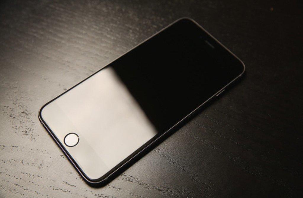 Как выключить iPhone, если он завис: как перезагрузить, если не работает экран