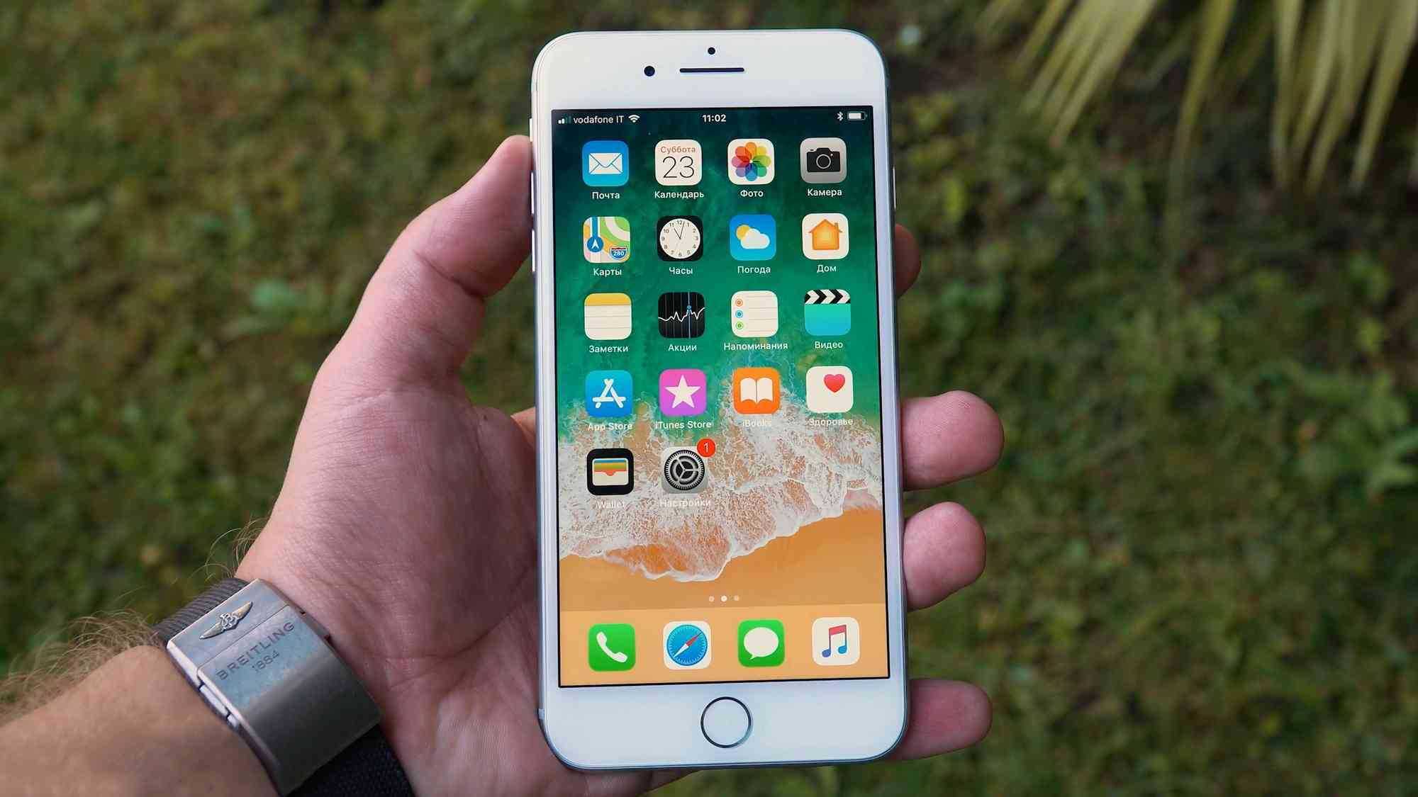 iPhone 8 разборка. Разбор iPhone 8 Plus