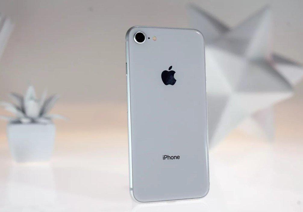 цена iphone 8 в америке