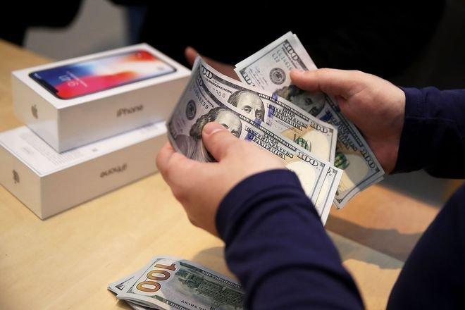 В прошлом квартале Apple заработала 64 млрд долларов