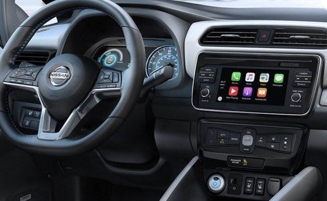 Автомобилисты: CarPlay лучше, чем Android Auto
