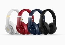 Small content ts beats studio3 wireless headphones
